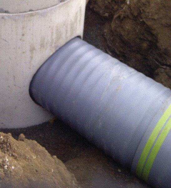 Compression gasket to Triple Wall Pipe