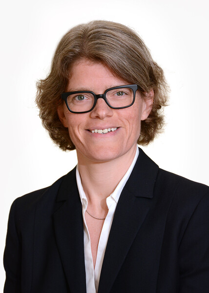 Luise Pernar MD Headhot Weight Loss Surgery Department